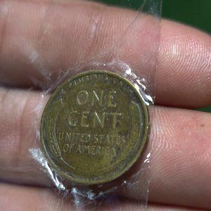 Cuánto dan por ella porfavor respeto please 1944 for Sale in Hialeah, FL
