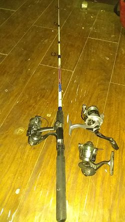 3 reels and a rod for Sale in Yakima,  WA