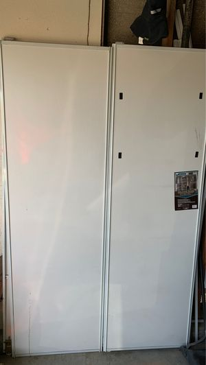 Closet sliding door for Sale in Adelanto, CA
