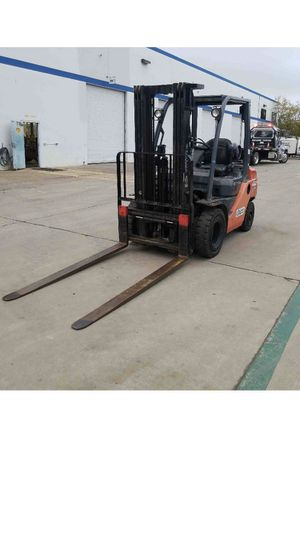 Toyota 5k whse forklift for Sale in San Diego, CA