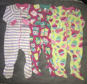 Lot of 3 The Children's Place fleece pajamas 6-9 mo for Sale in Anaheim, CA