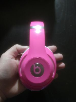 Beats Headphones Limited Edition Pink for Sale in Memphis, TN