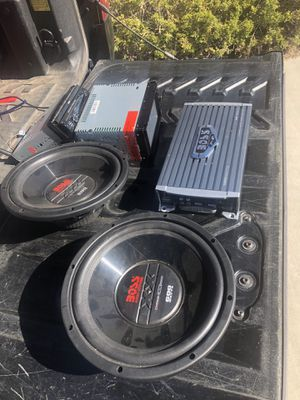 Boss car stereo system for Sale in Apple Valley, CA