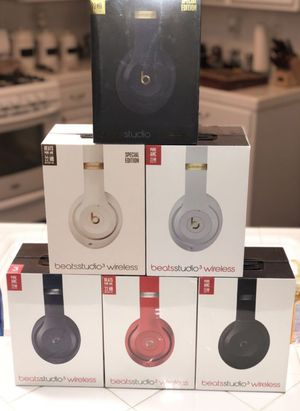 Beats studio 3 wireless bluetooth headphones by dr dre/ Apple original with w1 chip connection also works with android for Sale in Chula Vista, CA