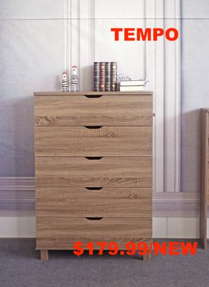 5 Drawer Chest Dark Taupe for Sale in Santa Ana, CA