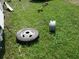 84 Chevy van RV tire for Sale in Spring Hill, TN