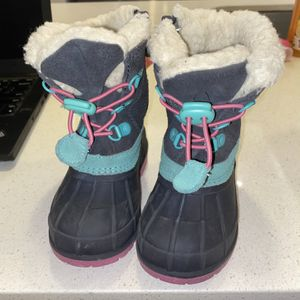 Kids Snow Boots 7c for Sale in Seattle, WA