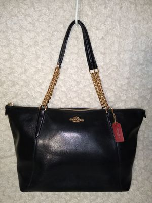 Coach Ava Chain Strap Pebbled Leather Tote Bag for Sale in Midlothian, IL