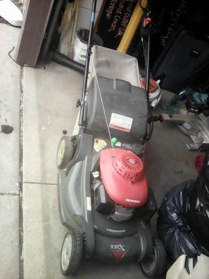Honda HRX217 lawnmower for Sale in Saint Paul, MN