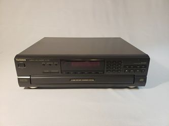 Technics SL-PD5 Stereo MASH CD Player 5-Disc Changer with Digital Output   for Sale in Glenview, IL