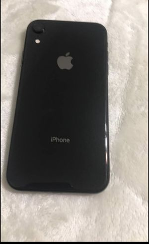 iPhone XR (Black) Like new for Sale in Chattanooga, TN