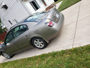 2002 Nissan Altima 2500 obo for Sale in Maple Heights, OH