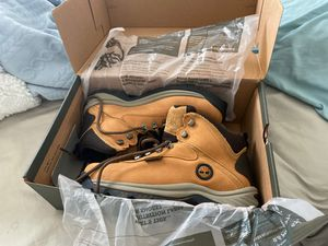 Timberland boots size 8 for Sale in Kissimmee, FL