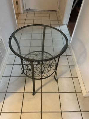 Glass end table for Sale in Cupertino, CA