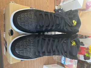 Nike SB dunk high neckface for Sale in Los Angeles, CA