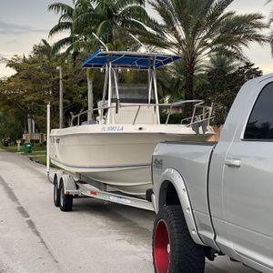 1998 Key West Center Console 23' for Sale in Hialeah, FL