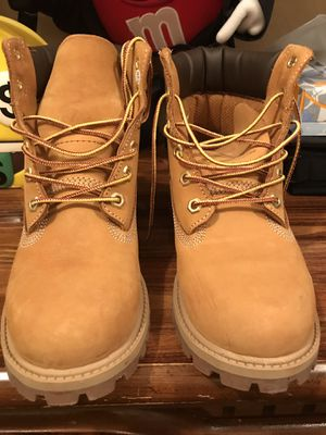 Girls Timberlands Size 4M for Sale in Dallas, TX
