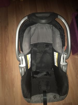 Baby trend car seat for Sale in Queens, NY