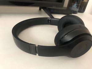Beats headphones for Sale in Claremont, CA