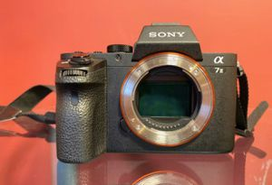 Sony alpha a7ii mirrorless digital camera with lens for Sale in Los Angeles, CA
