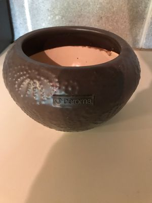 Deroma Flower Pot for Sale in Kennesaw, GA