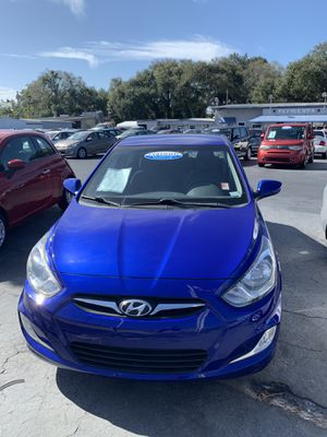 2012 Hyundai Accent $1,500 for Sale in Tampa, FL