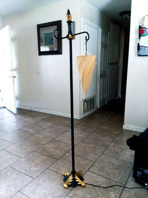 Par de lamparas estan Nuevas muy bonitas para sala o cuarto .su presio REGULAR es de $74.99. De cada una .ya las doy por $65 .por las dos . New. for Sale in Fontana, CA
