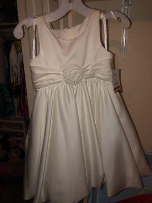 Flower Girl Dress Size 4 for Sale in Phoenix, AZ