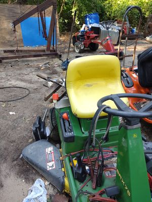 John Deere SRX-74 parts riding lawn mower for Sale in Brooklyn Park, MD