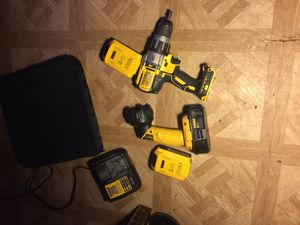 Dewalt power drill and light for Sale in Missouri City, TX