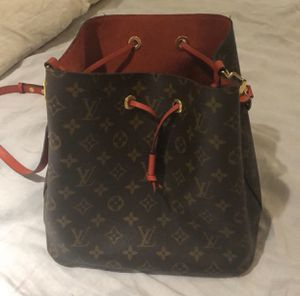 Louis Vuitton Neo Noe for Sale in Beverly Hills, CA