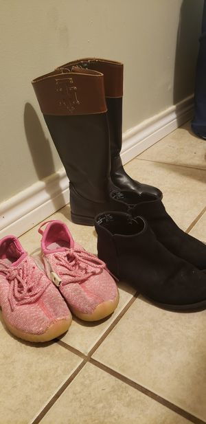 Size 12 girls, take all for $5 for Sale in San Antonio, TX