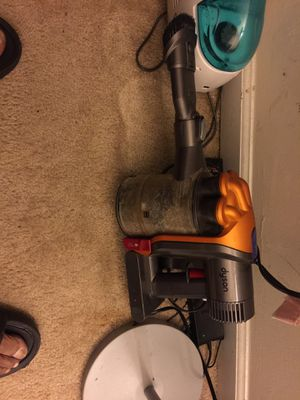 Dyson Hand Held Vacuum for Sale in Woodbridge, VA