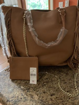 LEATHER TOTE BAG-NEW-UNUSED-BARNEY'S NEW YORK for Sale in Delray Beach, FL