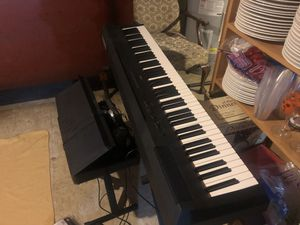 Yamaha Electric Piano (PAYPAL ONLY) for Sale in Millersville, MD