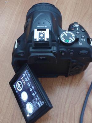 Excellent condition Nikon D5200 for Sale in San Jose, CA