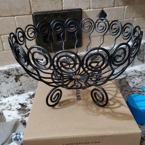 Black Metal Basket for Sale in Allen Park, MI