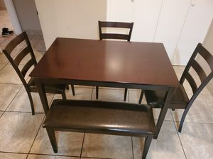 Dining room table with chairs for Sale in Phoenix, AZ