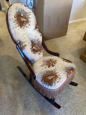 Antique Rocking Chair for Sale in Menifee, CA