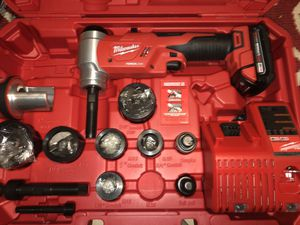 """M18™ FORCE LOGIC™ 6T Knockout Tool 1/2"""" - 4"""" Kit for Sale in Jurupa Valley, CA"""