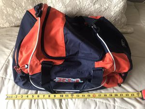 Duffle bag for Sale in Longmeadow, MA