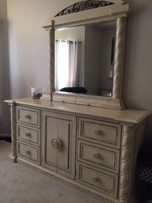 Bedroom set for Sale in Missouri City, TX