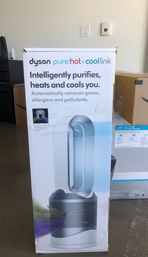 Dyson Pure hot+cool purifier w/ heating n cooling for Sale in San Francisco, CA