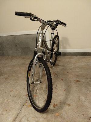 Schwinn Clear Creek 18 speed Women's bike for Sale in Atlanta, GA