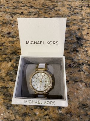 Michael Kors watch White/Gold 39mm originally $295 for Sale in Los Angeles, CA