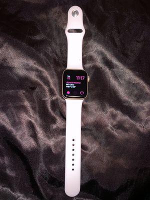 Apple Watch Series 5 (GPS) 44mm for Sale in Washington, DC