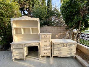 Bedroom Cabinet Set for Sale in Industry, CA