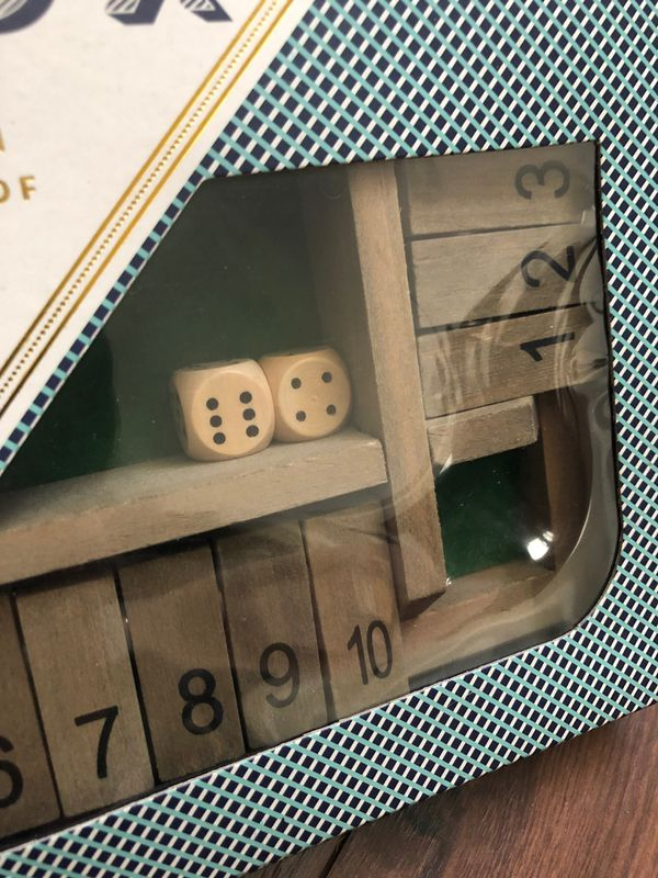 New deluxe wood shut the box game - ages 6+ - four players