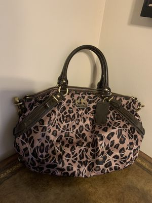 Coach purse brown for Sale in Deerfield, IL
