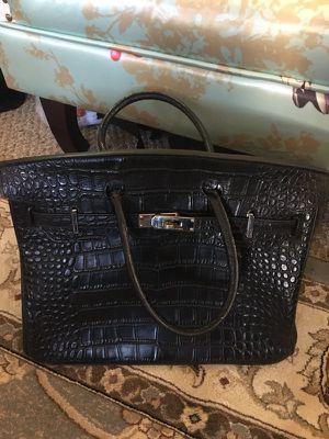 Preowned Hermès Birkin Bag crocodile leather for Sale in Katy, TX